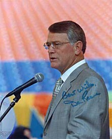 Dan Reeves Autographed / Signed 8x10 Photo
