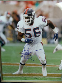 Lawrence Taylor (New York Giants) Signed 16x20 Photo