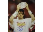 Damien Berry Autographed / Signed Breaking Tackle 8x10 Photo