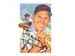 Brooks Robinson Autographed / Signed Post Card