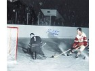 Gordie Howe Mr. Hockey Autographed / Signed Black & White 16x20 Photo - Detroit Red Wings