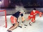 Gordie Howe Autographed / Signed Shooting on the Goalie 8x10 Photo