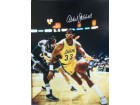 Kareem Abdul-Jabbar (Los Angeles Lakers) Signed 16x20 Photo (Signed Abdul-Jabbar)