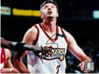 Toni Kukoc Signed - Autographed Philadelphia 76ers 8x10 inch Photo - Guaranteed to pass PSA or JSA