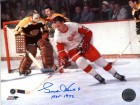 Gordie Howe Autographed / Signed 8x10 Photo